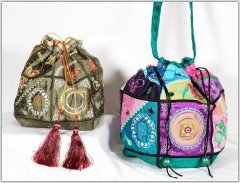 BFC1179 QIH Crazy Quilt Bag