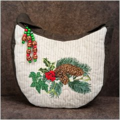 BFC1404 Holly and Pine Cones Handbag
