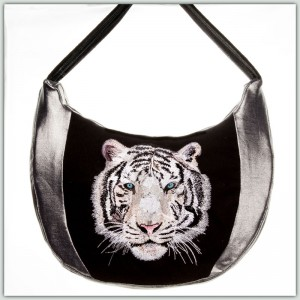 BFC1327 Large White Tiger PUrse or Picture Thread Kit