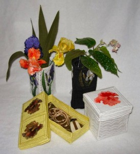 BFC0296 Iris Boxes and Vase Covers