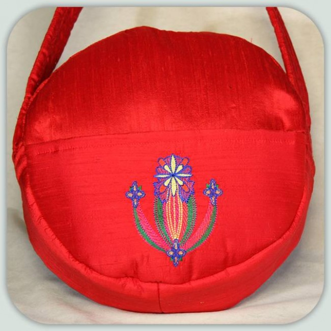 BFC1007 Folk Embroidered Circle Purse