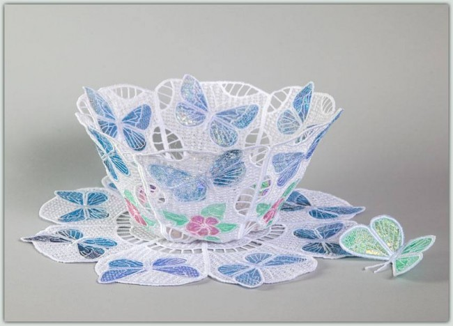 BFC1251 	Lace Applique Bowl and Doily