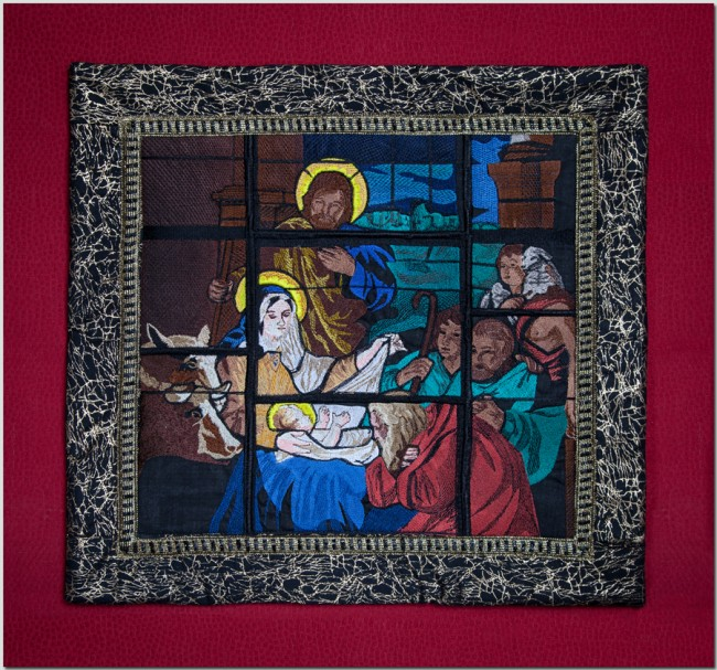 BFC1393 Stained Glass Nativity