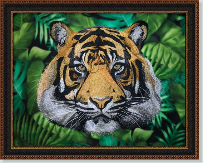 BFC1421 Large Tiger Portrait