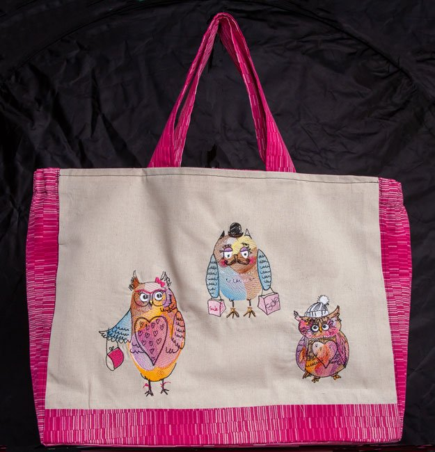 BFC1825 The Owl Family goes Shopping