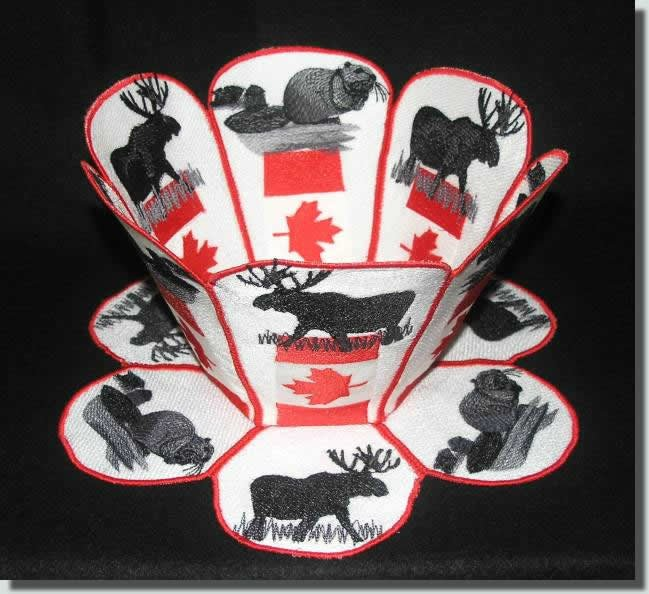 BFC0328  Lace Bowl & Doily  Canada Day