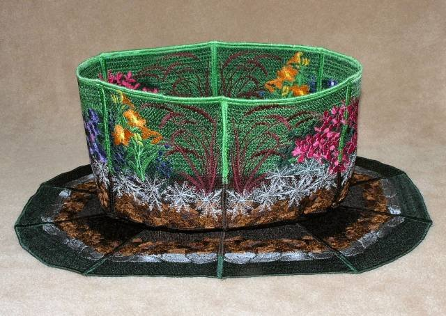BFC0345  Lace Bowl & Doily  Garden Oasis
