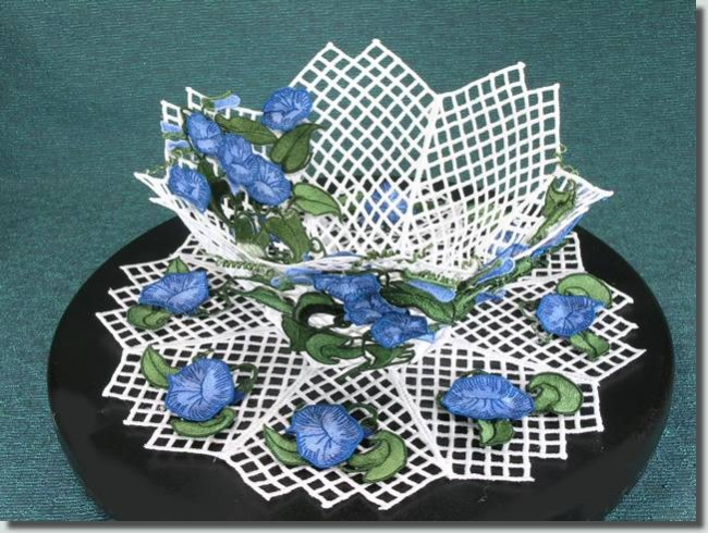 BFC0681 Free Standing Lace 3 Dimensional Morning Glory Bowl & Doily