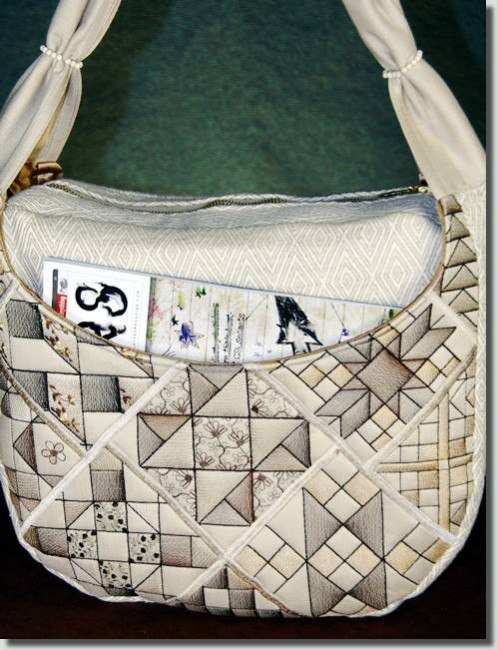 BFC0849 Convertible Handbag QIH Quilt Blocks